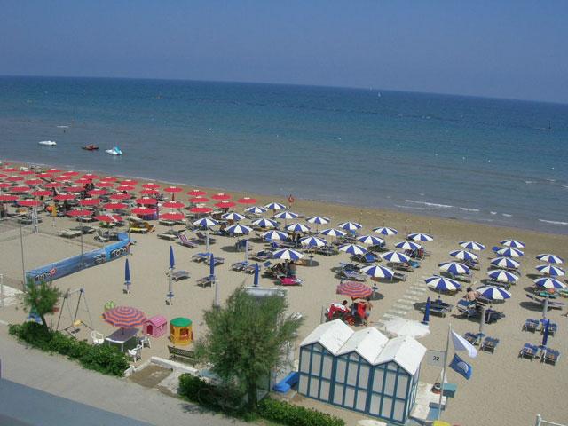 mare italia  casa affitto agosto  vacanza nelle marche